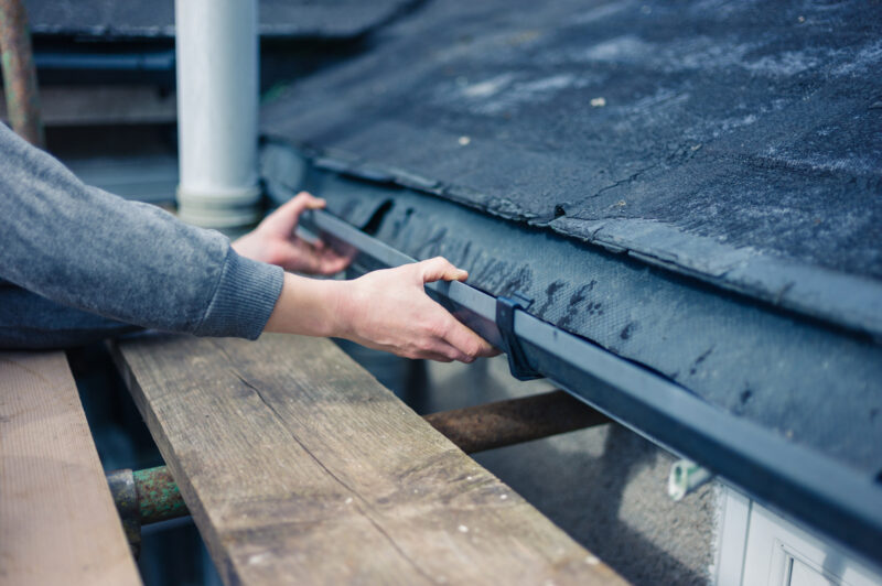 3 Ways a Gutter Guard Helps Your Roof 1