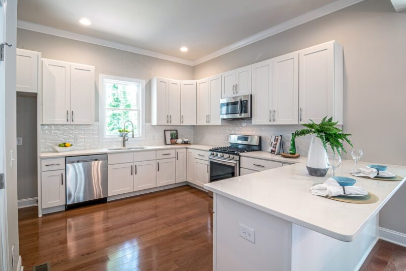 Boost your home's value by improving the kitchen 1
