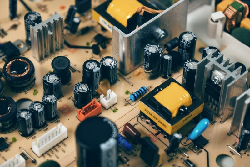 Which electronic parts contain gold & other precious metals? 1