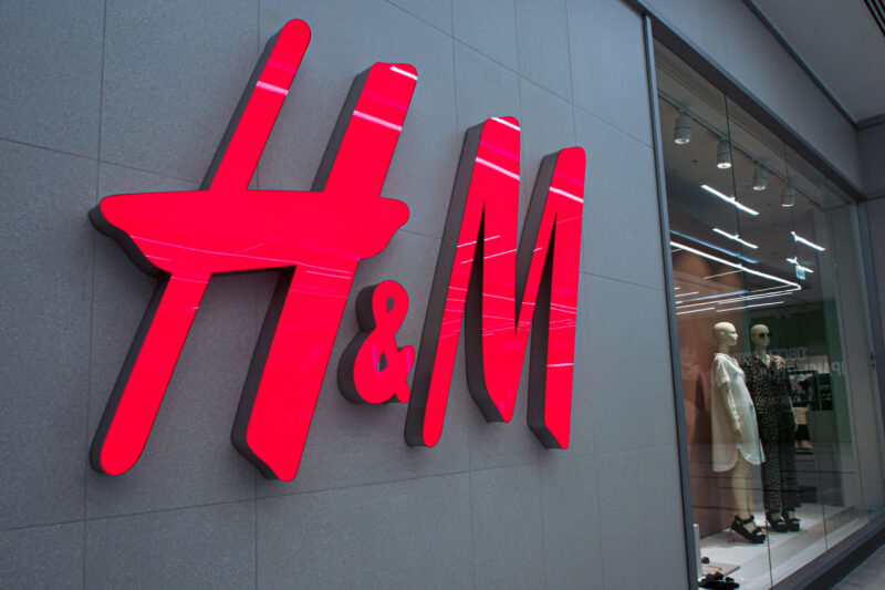 H&M to give free 24-hour suit hire to help people who have job interviews