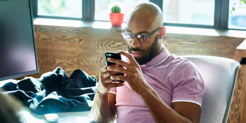 How to take a break from social media and why it's important