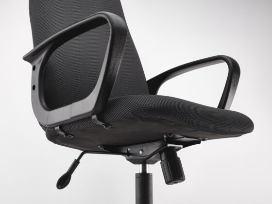 5 Amazing Reasons Why Your Business Needs Active Office Chairs (Now) 10
