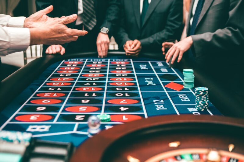 Why online casinos are better than land-based ones? 1