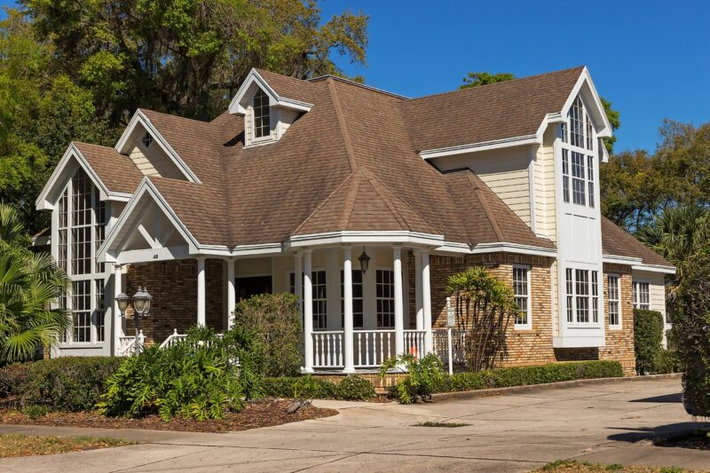 5 Ways To Help You Select the Best Roof Replacement Contractor 1