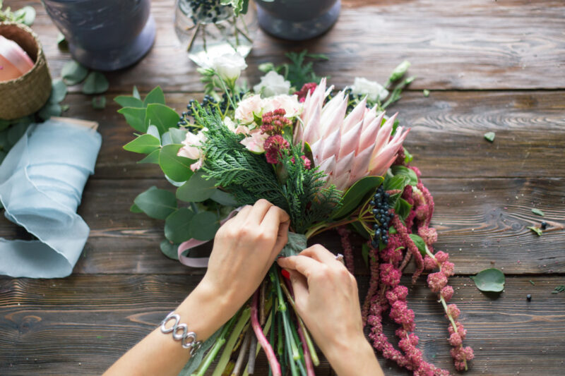 Top 5 Beautiful Benefits of Keeping Flowers in Your Home 1
