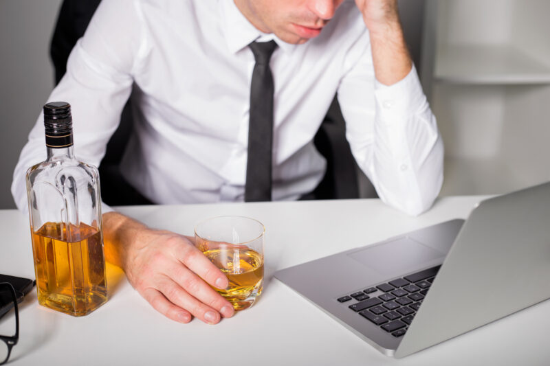 What Are the Signs of High Functioning Alcoholism? 1