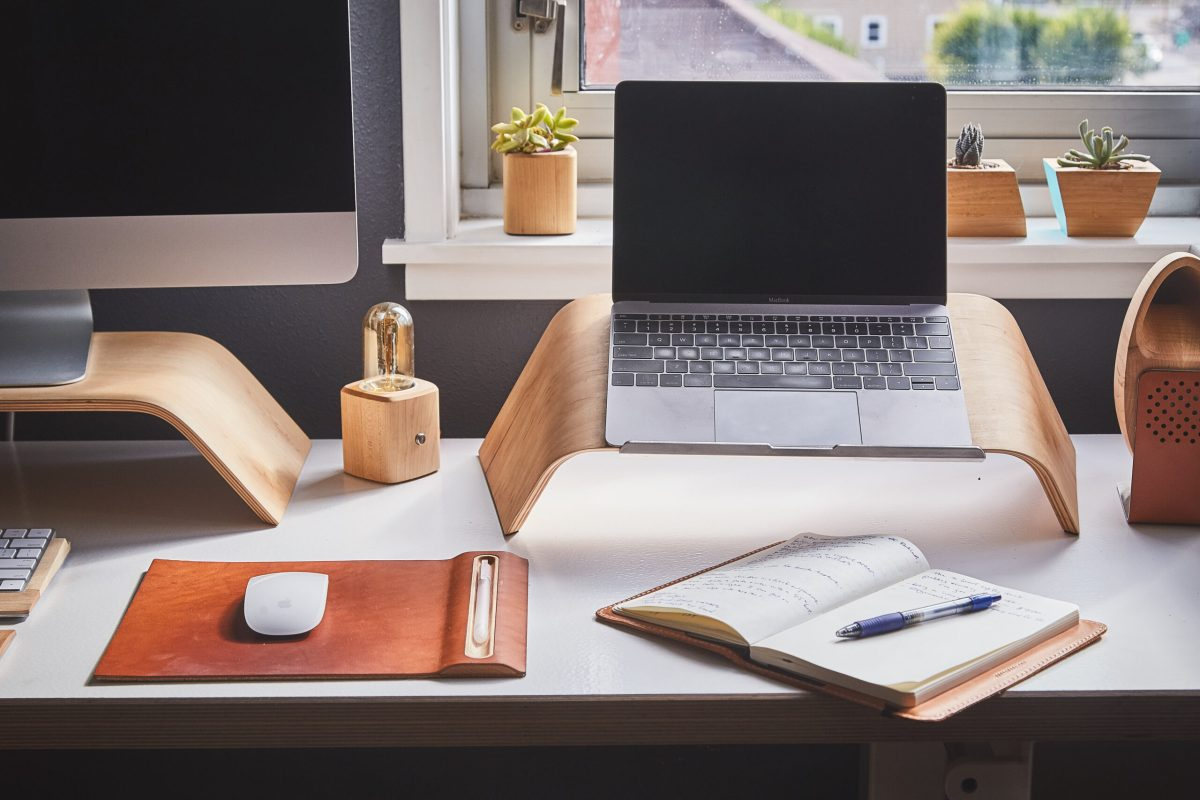 How to set up the perfect home office 1