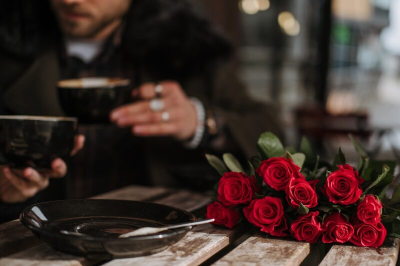Plan a romantic anniversary outing in 5 steps 1