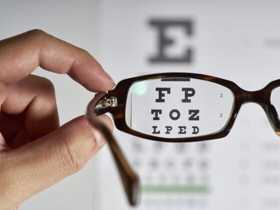 What Are the Common Signs You Need Glasses? 3