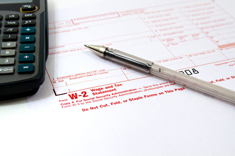 W-2 vs W-4: What's the Difference? 1